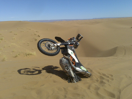Don's KTM 690E stuck in the sand